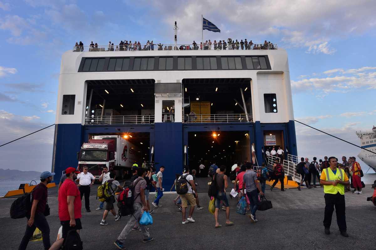 Aeroporto Elba : Traghetti sardegna elba corsica sicilia ischia prezzi e info